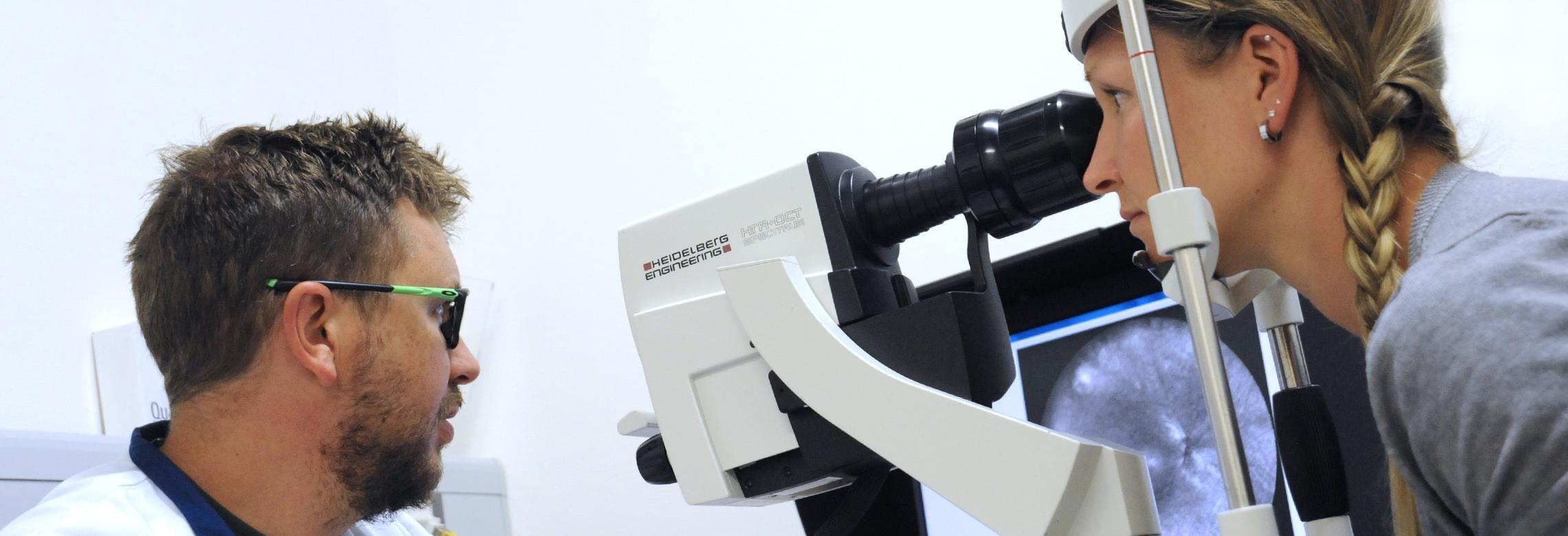 Image d'un examen sur une patiente